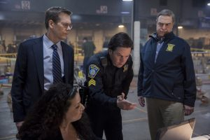 (Standing; left to right) Kevin Bacon; Mark Wahlberg and John Goodman in PATRIOTS DAY. ©CBS Films/Lionsgate. CR: Karen Ballard.
