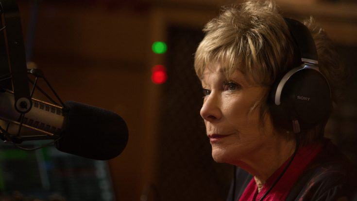 Photos: Whether It's the Oscars or Defying Labels, Legendary Actress Shirley MacLaine Delivers 'The Last Word'