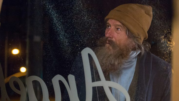 Bryan Cranston Unforgettable as Absentee 'Wakefield'