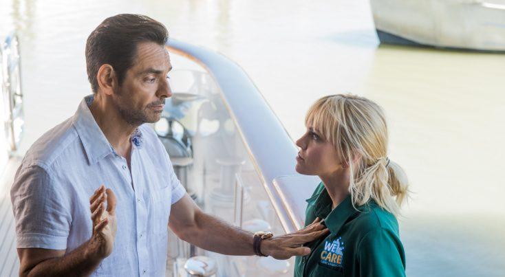 Photos: Eugenio Derbez and Anna Faris Set a Course for 'Overboard' Remake