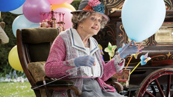 Rob Marshall and Angela Lansbury Reminisce About Making 'Mary Poppins Returns,' Arriving on Home Video